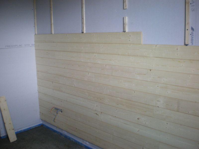 lambris pour chambre coucher societe renovation calais. Black Bedroom Furniture Sets. Home Design Ideas